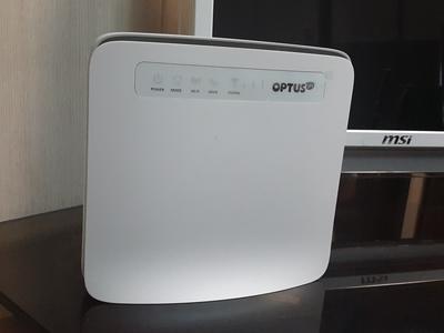 مودم رومیزی Huawei E5186 OPTUS 61a LTE CAT6 CPE WIFI Modem